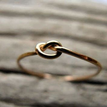 Knot Ring 14k Gold Fill by AutumnEquinox on Etsy