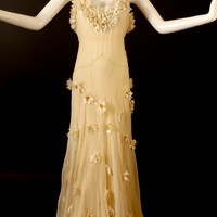 1930s Ivory Silk Georgette Daisy Gown, Bust-34