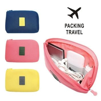 2017 New Organizador Travel Little Pouch Women Make Up Bags Lady Cosmetic Organizer Storage Earphone Cable Usb Digital Gadget