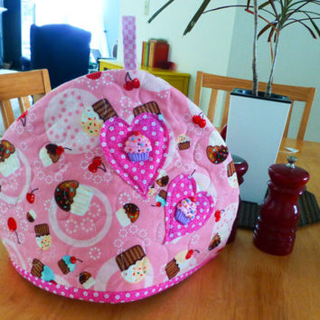 Quilted Tea Cozy, fabric tea cozy, quilting yo-yos, pink cupcake, house warming, kitchen linens, gift idea, ready to ship, handmade, tea