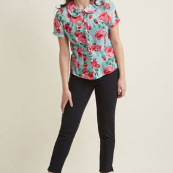 Hell Bunny Blossom Toss-Up Button-Up Blouse