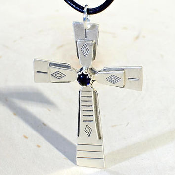 Modern Sterling Silver Cross with Sapphire Gemstone – 925 NL8521