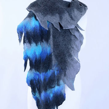 Felt jay feather scarf in gray, blue and black - merino wool, fiber art, fantasy, asymmetric, designer, bird feather shawl [S149]