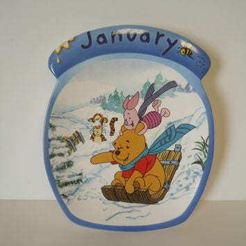 Disney Winnie the Pooh the Whole Year Through January  Plate Wall Decor Bradford Exchange