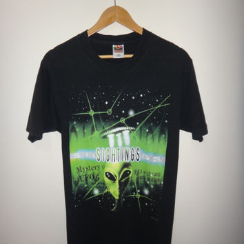 Vintage SIGHTINGS Alien 1996 T Shirt Horror Par Pic UFO Mystery Alien Hunting 1990s Unisex Tee
