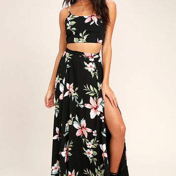 Barefoot at the Beach Black Floral Print Two-Piece Maxi Dress