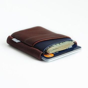 TGT DELUXE WALLET-OXBLOOD/MIDNIGHT