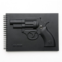 MOLLA SPACE - ARMED NOTEBOOK REVOLVER