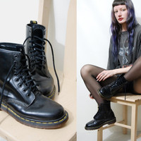 90s Vintage Dr. MARTENS Boots Classic BLACK Docs 8 Hole Lace up Leather Shoes Grunge - Made in England - 1990s vtg - size 7 = UK 5