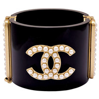 CHANEL 2014 Runway Signature Cuff