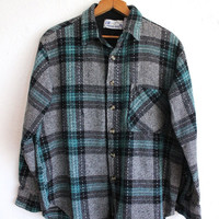 Vintage 80s Men's Gray Teal Plaid Long Sleeve Button Up Flannel Shirt