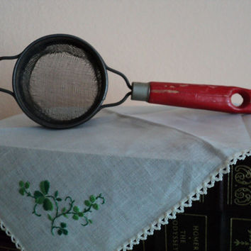 Country Kitchen Small Strainer with Red Handle Farmhouse Kitchen Decor Painted Wooden Handle Cooking Tool