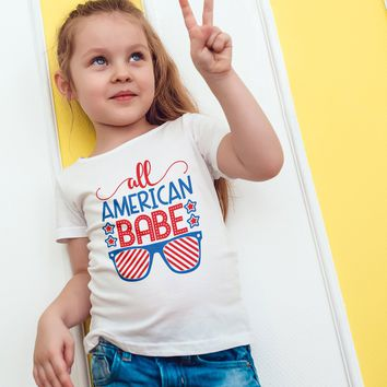 All American Babe T-Shirt American Babe With Cool Glasses