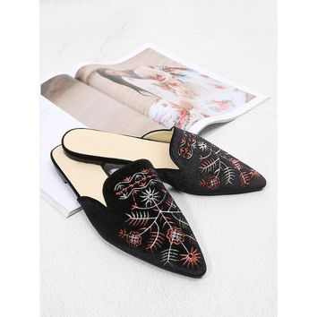 Embroidered Detail Flat Mules