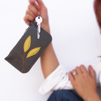 Leather coin purse  and key holder. Gray applique zipper pouch / cosmetic bag.