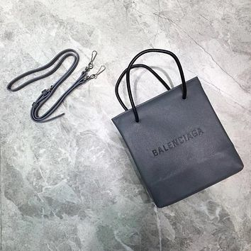 Balenciaga 2020 new Best Quality size 19*8*21.5 cm cm Fashion Women Men Zipper Leather Bumbag Purse Wallet Mobile Phone Package Crossbody Satchel grey