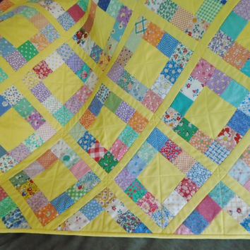 Baby Quilt, Table Quilt, Patchwork Quilt, Sqaure Quilted Table Topper, Baby Blanket, Feedsack Reproduction, Vintage Style, Retro