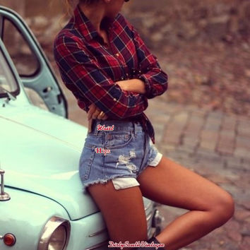 Mystery Hipster Vintage OUTFIT: High Waisted Shorts & Flannel Shirt- Free Gift With Order- All Sizes
