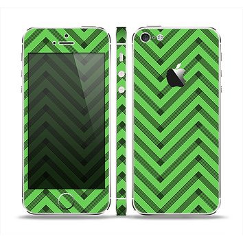 The Lime Green Black Sketch Chevron Skin Set for the Apple iPhone 5