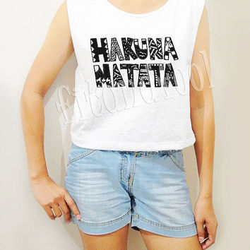 Hakuna Matata Shirts The Lion King Shirts Hakuna Top Women TShirts Crop Top Crop TShirts Women Tank Top Women Tunic Women Shirt - Size S M L