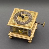 Renaissance Horizontal Table Clock