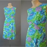 60s Hawaiian Floral Shift Dress, fits 34 bust, Vintage 1960s Cotton Summer Dress