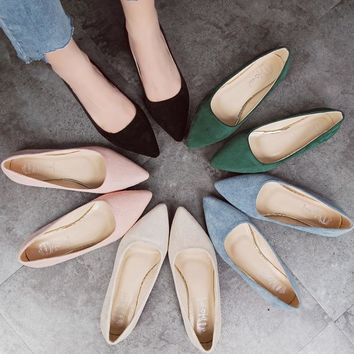2018 Fashion Women Shoes Woman Flats high quality suede slip-on shoes pointed toe Rubber Women Flat Shoes Ballet plus size