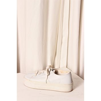 White Platform Low Leather Shoes / Chunky White Sneakers / Thick Trainers / Size 9.5