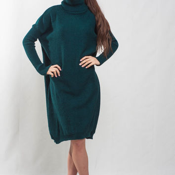Oversize Emerald green dress midi cocktail dress turtle neck plus size dress green crochet loose dress winter long sleeves knit green dress