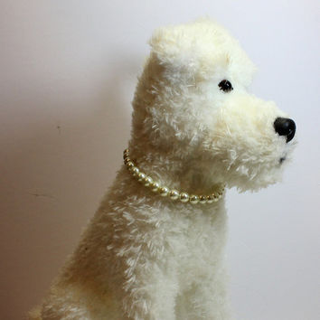 Large Pearl Dog or Cat Jewelry.  Off White Puppy or Kitten Jewelry with Adjustable Chain and Lobster Clasp. Special Gift Pet Jewelry
