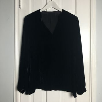 CP Shades black velvet long sleeve blouse sz S