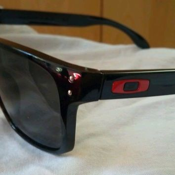 Man's old school Oakley Sunglasses Used