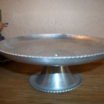 Round Pedestal Serving Platter Hand Finished Tray Hammered Aluminum Floral Pattern Tableware Vintage 1950's Saw Tooth Edge  Grapes