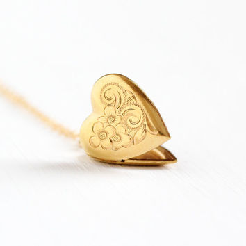 Vintage Gold Filled Heart Locket Necklace - 1940s Sweetheart Vine Flower Design Art Deco Romantic Love Pendant W.E.H. Hayward Jewelry