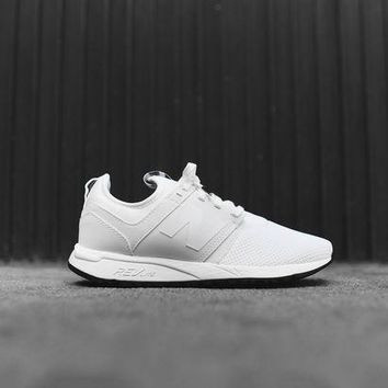 onetow new balance wmns rl247fb white