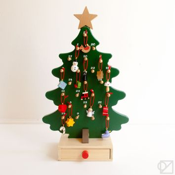 Holiday Wooden Advent Tree
