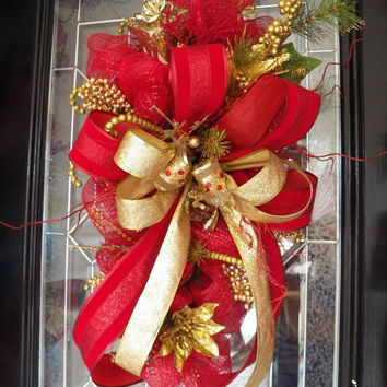 25% Off-2 Day Sale Red and Gold Deco Mesh Christmas Door Swag, Christmas Swag, Christmas Wreath, Holiday Wreath, Fast Shipping