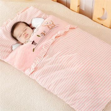 Children fall and winter cotton sleeping bags Portable sleeping bag for children Children sleep in a cold sleeping bag