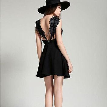 2016 new summer dresses beach A-LINE spaghetti strap V-neck Lace black white solid Angel wings mini Sexy Backless dress