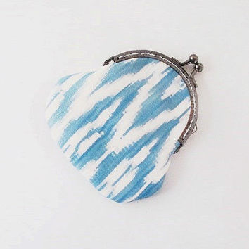 Ombre Leather Coin Purse - Ikat Print Clutch Purse - Blue and Cream White Purse - Light Blue Coin Purse- New Zealand Leather - Handmade