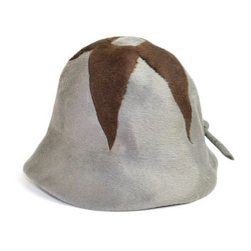 Schiaparelli Paris Hat - Retro Cloche Style, Brown on Charcoal Grey Felted Wool, Bow on Back - Italy + Union Label - Vintage Ladies Fashion