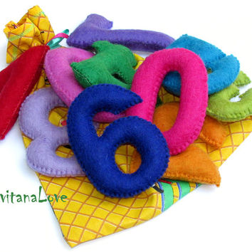 Ready to ship - Felt numbers for child - Easy to Grab - Montessori Inspired Toy - Play - Learn - Natural felt - natural filler - wool