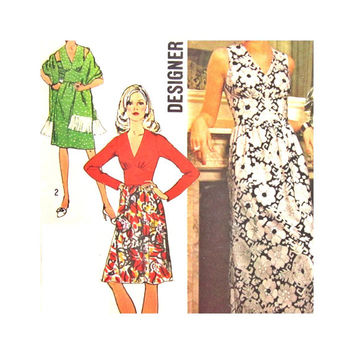 Vintage Pattern Simplicity 5350 Designer Fashion Misses Dress Gown Shawl Size 12 1970s
