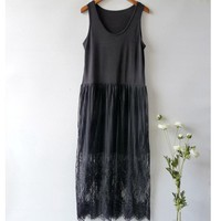 Summer Harajuku Mori Girl Floral Embroidery Dress Women's Black White Sleeveless Lace Layer Hollow Casual Sweet Tank Dress U515