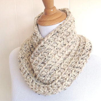 Super chunky scarf - Circle scarf - Infinity scarf - Womens chunky scarf - Teens accessories