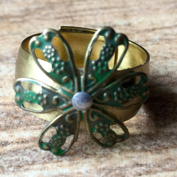 Gold rings / Flower rings / flower jewelry / handmade rings / Boho chic / hippie / mixed metal rings / Adjustable Flower Ring / riveted ring