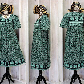 Summer tunic dress / Elephant print / kaftan / Indie  / cotton muumuu dress / Boho / Hippie / size S / M