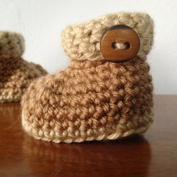 Crochet Newborn Baby Booties - Unisex Baby Shoes - Brown Button Booties - Crochet Gender Neutral Booties - Crochet Baby Ugg - like Boots