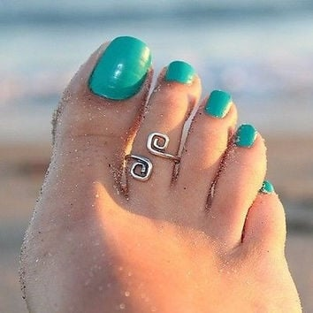 Women Girl Toe Ring Adjustable Foot Beach Jewelry Gift (Color: Silver) = 5658239489