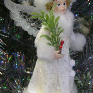 Story Teller Angel - Angel's Wings Have The Look Of Carved Ice And Are Accented With Iridescent Glitter